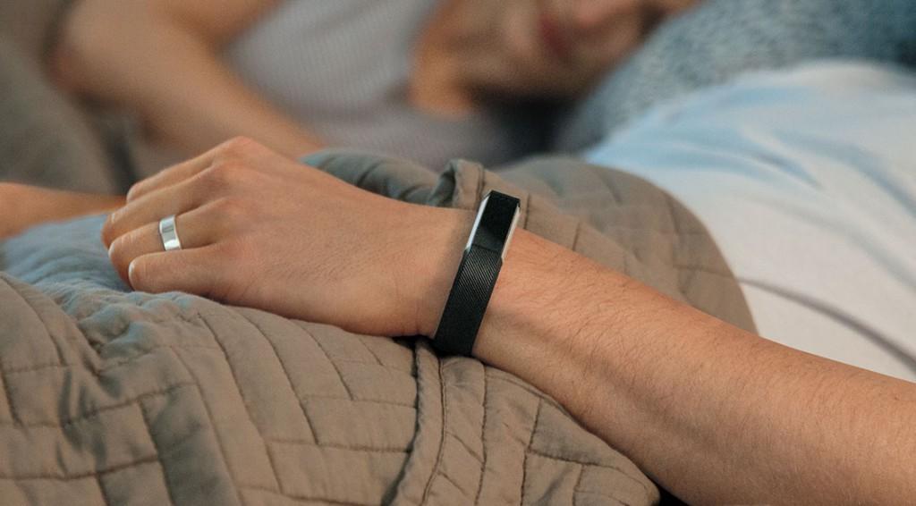 Fitbit Alta graba las horas de sueño y ofrece un sistema de notificaciones silenciosas